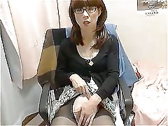 Shaves peniclit Crossdresser...