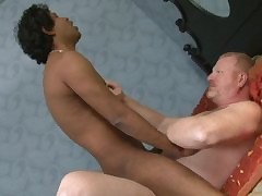 upper-cut padre fucks wretch