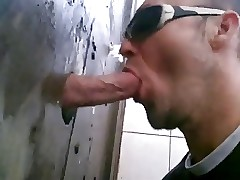 gloryhole open-air making out..