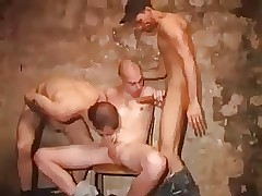 Hot guys  threeway at hand fat..