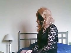 UK Crossdresser sucking blarney..